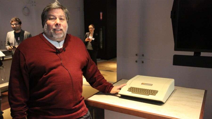 Apple co-founder Steve Wozniak leaves Facebook over privacy concerns